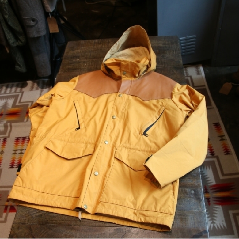 warehouse bodies mountain parka