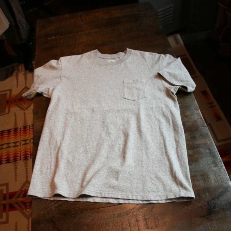 anatomica grey pocket tee