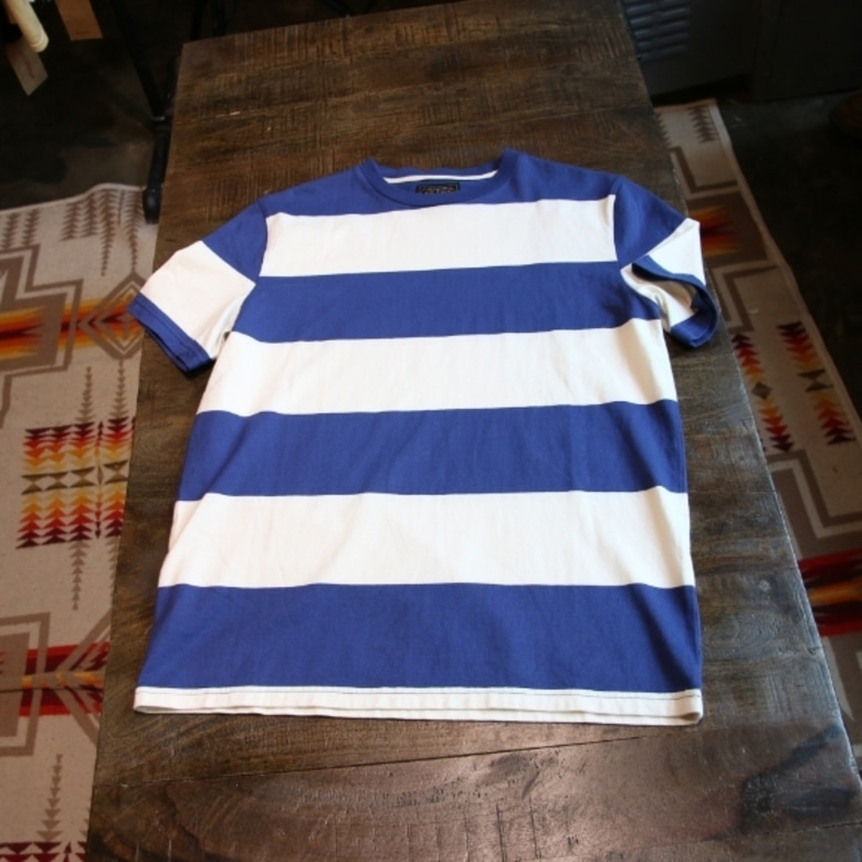 beams plus border tee