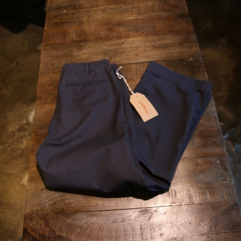 black sign navy chino pants