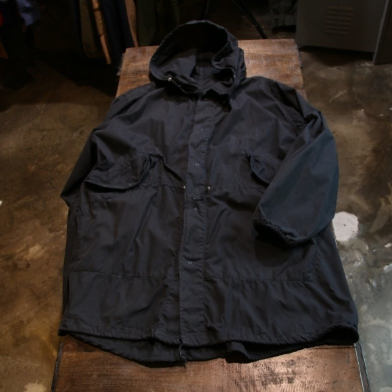 lowloom black snow parka