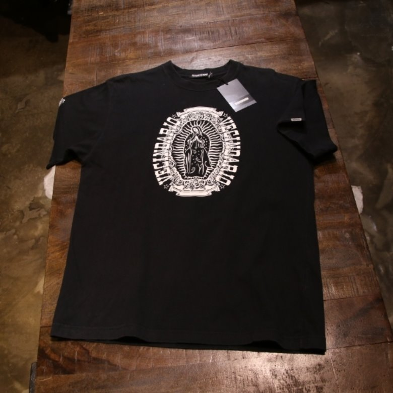 neighborhood black print tee (M)